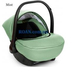 Автомобильное кресло Carlo Mint